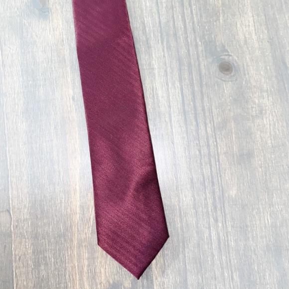 Michael Kors Burgundy Tie